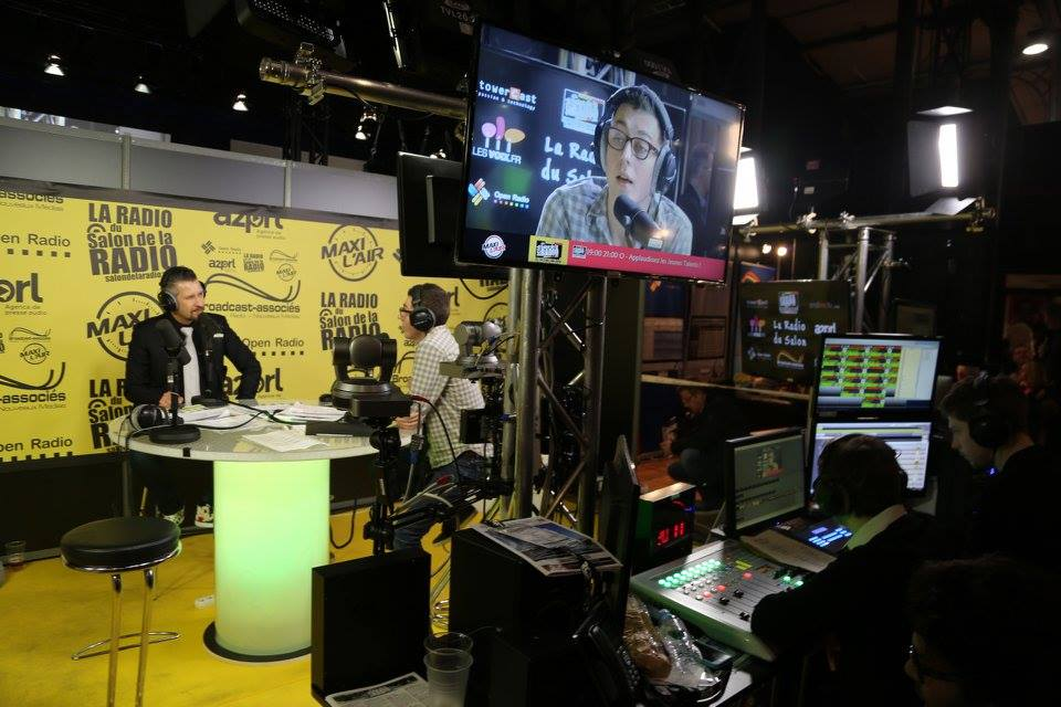 Maxi l 39 air partenaire des indes radio au salon de la for Salon de la radio 2017